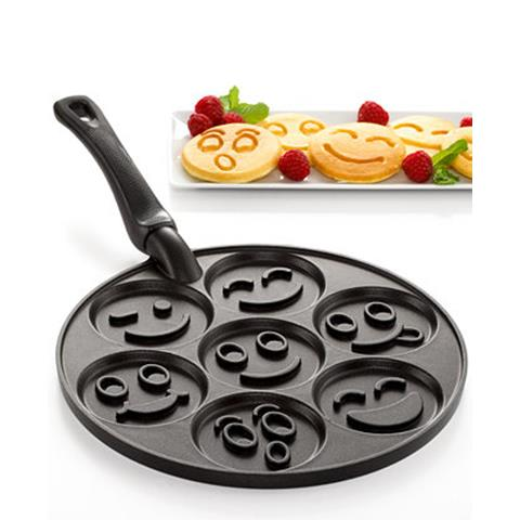 products smiley face pan 150×150