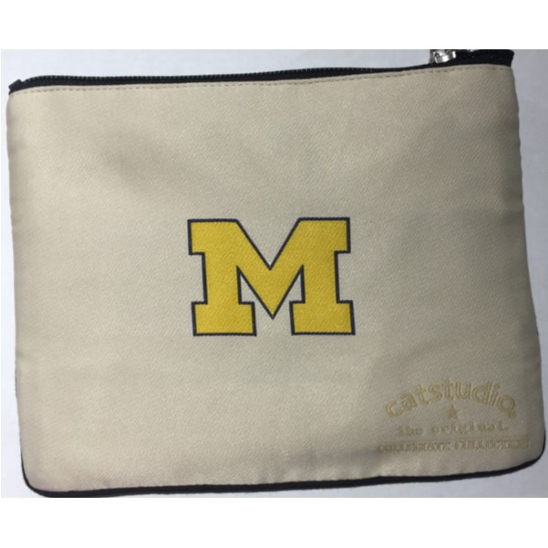 products uofm pouch2