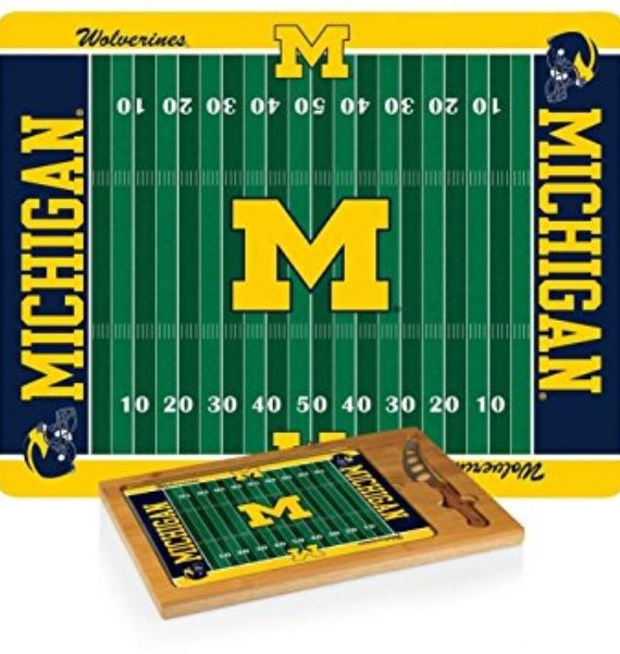 products u of m cheese cutting board3 150×150