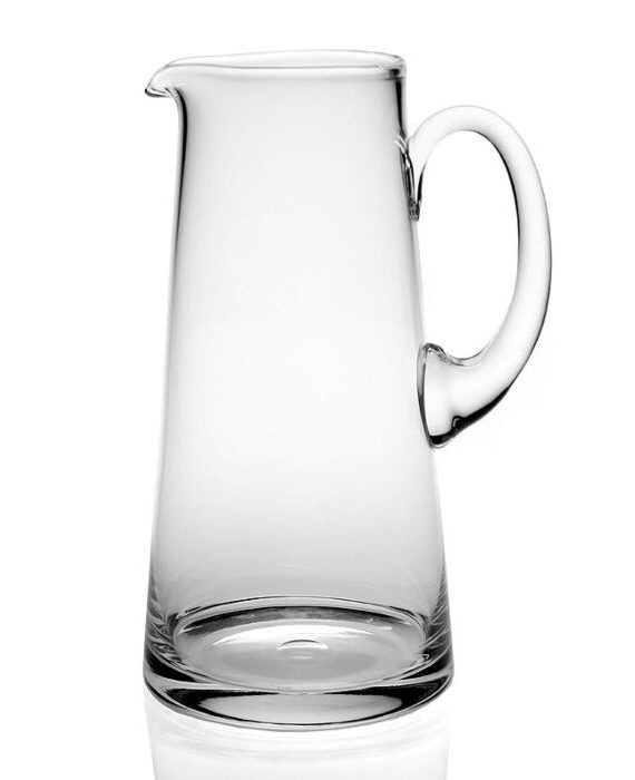 Country pint Pitcher White BG High Res