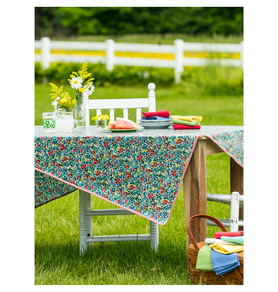 TPOPRMK PRIMARY BLOOMS TABLECLOTH