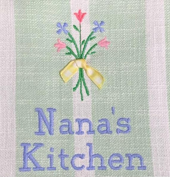 X NANAS KITCHEN TOWEL